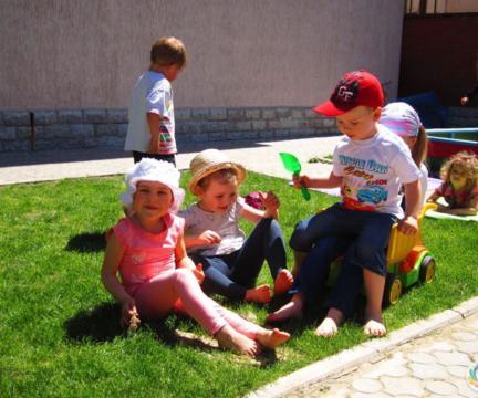 """Детский садик """"Аистенок"""" начинает жить по-летнему!"""