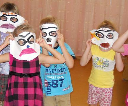 """Психологическая студия для детей от 4 до 6 лет """"Цветной Мир"""""""