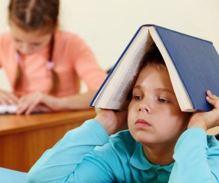 5 верных способов настроить ребенка против школы
