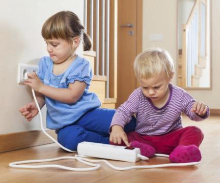 """""""Безопасность с пеленок: как научить ребенка правилам безопасного поведения"""""""
