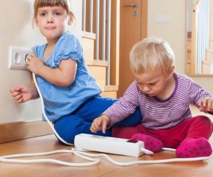 """Тренинг по безопасности """"Безопасность с пеленок: как научить ребенка правилам безопасного поведения, просто играя с ним 10 минут в день"""""""