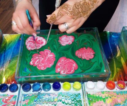 """18 декабря. Мастер-класс по созданию рисунка на воде для беременных женщин """"Волшебсвто Эбру""""."""