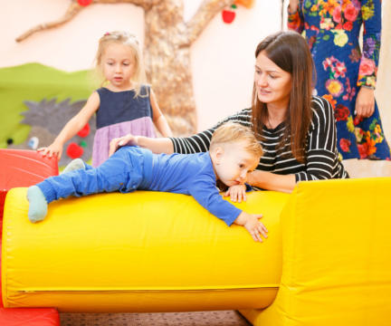 """Міні-садок в """"Аісті"""" для дітей від 2 до 4 років"""